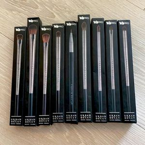 Urban Decay make up brushes 9 pieces